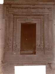 Close view of doorway on west face of the Dashavatara Temple, Deogarh 1003750